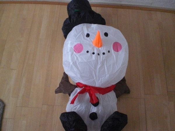 Opblaasbare sneeuwpop 80 cm op batterijen-141